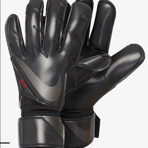 Brand New Nike GK Grip 3 Soccer Gloves Size 8